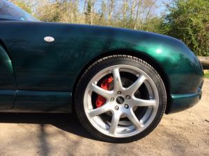 Cerbera painted brake calipers